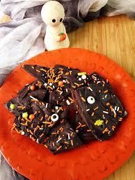 halloween cake mix this little disney life halloween bark