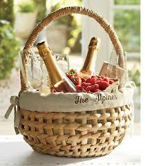 picnic basket ideas pin by a q on wine country picnics gift and