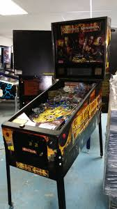 pirates of the caribbean pinball machine game by stern full led