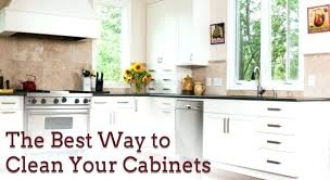 how to clean dirty kitchen cabinets cleaning dirty wooden kitchen cabinets