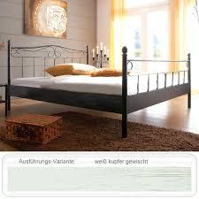 Schlafzimmer Mit Metallbett Metallbett Rinia Weiß Kupfer Gewischt Größe Nach Wahl Bettgestell
