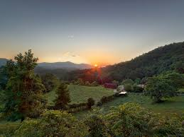 Vacation Cabin Rentals In Atlanta Ga Mountain Creek Lodge 25 Acres Pet Friendly Homeaway Clayton