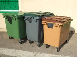 cache conteneur bois conteneurs à déchets aménagement extérieur conteneurs