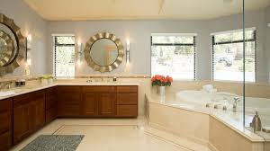 real estate photography master bathrooms