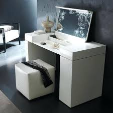 Bedroom Vanity Table With Drawers Bedroom Vanity Sets With Drawers Bedroom Vanity With Lights Vanity