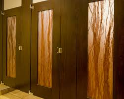 ironwood manufacturing plastic laminate restroom partition
