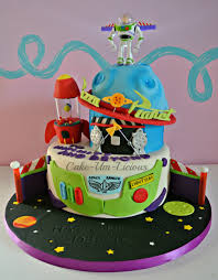 Buzz Lightyear Centerpieces by Birthday Cakes Buzz Lightyear Pizza Planet Cake Ben U0027s 3rd