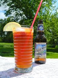 raspbeer y lemonade cocktail