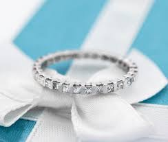 buying engagement rings and wedding bands guide popular
