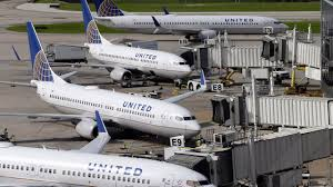 thanksgiving air travel united airlines respond after girls asked to change before