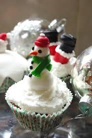 christmas fruitcake cupcakes