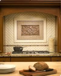 Trapunto And Verona In Java Embarcadero In Heritage Copper X - Medallion tile backsplash