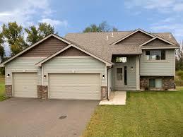 3 Car Garage Door 18685 Traverse Lane Big Lake Mn 55309 Mls 4882038 Edina Realty