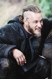 why did ragnar cut his hair vikings best 25 ragnar lothbrok actor ideas on pinterest ragnar