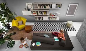Wohnzimmer Mit Vielen Fenstern Einrichten So Platzieren Sie Ihr Sofa Richtig Im Wohnzimmer
