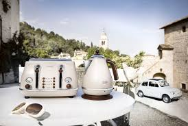 Delonghi Toaster Icona Délonghi Vintage Kettles U0026 Toasters Now Available Win A Vespa
