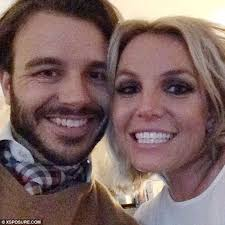 Cute Spiders Phil Ebersole S - britney spears new boyfriend charlie ebersol gushes over the singer