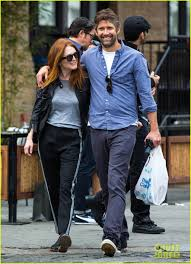 julianne moore u0026 husband bart freundlich look as happy as ever