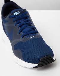 obsidian blue color nike men u0027s air max tavas coastal blue obsidian u0026 white sneaker