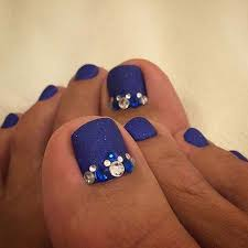 25 eye catching pedicure ideas for spring blue toe nails blue
