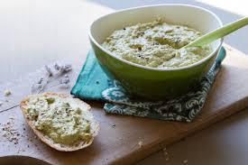 cuisiner le poivron vert crème de poivrons verts au basilic et tofu vegan au vert avec lili