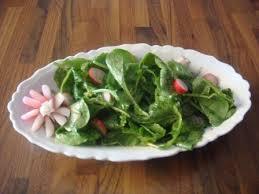 cuisiner les fanes de radis salade de fanes de radis astuces et recettes de cuisine