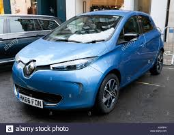 renault zoe 2018 electric renault stock photos u0026 electric renault stock images alamy