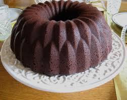 file chocolate sour cream bundt cake march 2008 jpg wikimedia