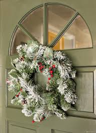 holiday diy paint a festive front door pearmama