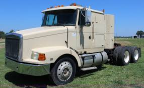 volvo semi truck for sale 1994 volvo white semi truck item j5813 sold august 26 a