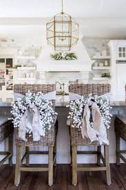 Decorating Ideas For Dining Room by Best 25 Farmhouse Christmas Decor Ideas Only On Pinterest