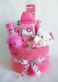 bathroom gift ideas 50 diy gift baskets to inspire all kinds of gifts towel cakes