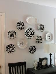 20 Beautiful Wall Decor Ideas Using Decorative Plates