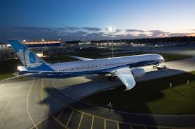 747 Dreamliner Interior Boeing Dreams Bigger With New 787 10 Dreamliner