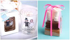 wedding souvenir ideas wedding giveaways whats up with that iwedplanner