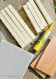 Concrete Planters Home Depot by Easy Diy Concrete Paver Planter