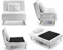 canape lit une place lit gain de place lit escamotable et canapé convertible pour