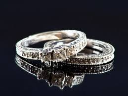 difference between engagement and wedding ring wedding rings and engagement rings difference difference between