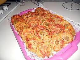 amour de cuisine pizza recette de minis pizzas par notre amour de cuisine