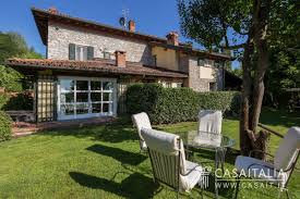 house with swimming pool villa with swimming pool for sale in monferrato acqui terme