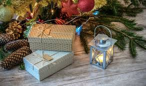 affordable last minute gift ideas for any occasion money one fcu