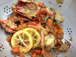 cuisiner un homard la recette de la bisque de homard par l école de cuisine alain