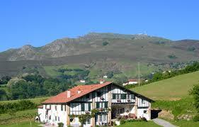 chambre d hote sare pays basque chambre d hôtes uhartea à sare pyrénées atlantiques chambre d