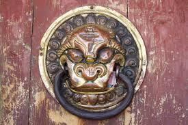 file erdene zuu monastery door knocker jpg wikimedia commons
