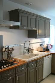 comment relooker une cuisine ancienne repeindre sa cuisine en bois comment repeindre meuble de cuisine en