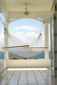 h ngematte auf balkon outdoor bereich mit hängematte mit exotischem charme