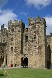 alnwick castle a film location of harry potter u0027s hogwarts