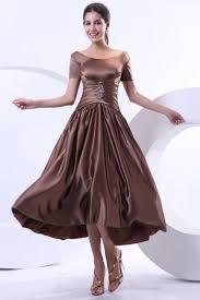 robe maman mariã e robe marron mère de la mariée encolure bateau ornée de bijoux