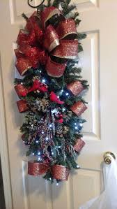 137 best christmas swags wreaths images on pinterest christmas