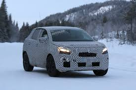 peugeot 3008 2017 2017 peugeot 3008 latest spy pictures show interior autocar